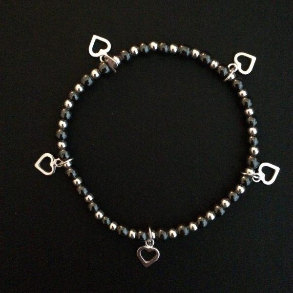 beaded heart bracelet 5e457180