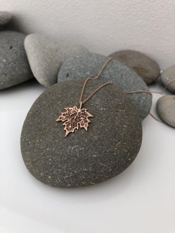 rose gold maple leaf necklace 5e456c26