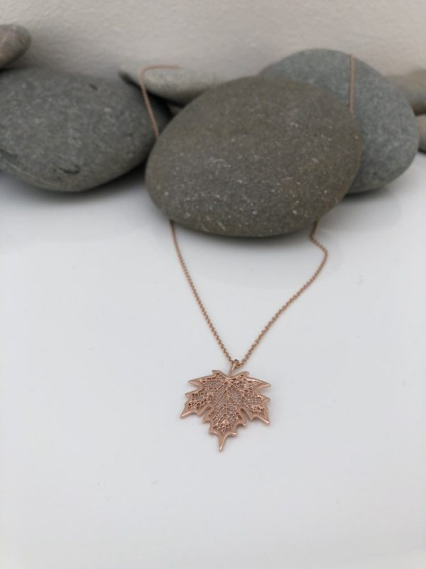 rose gold maple leaf necklace 5e456c28