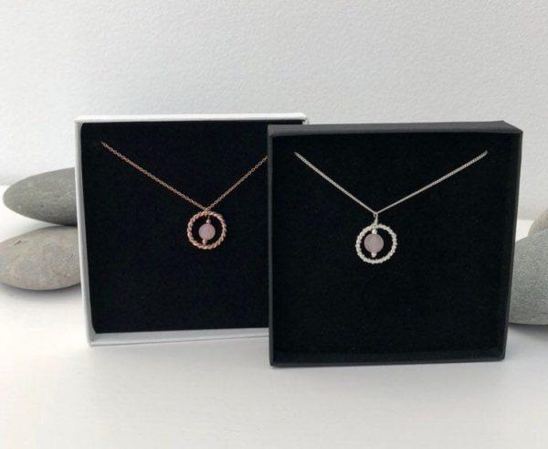rose quartz necklace 5e456e36