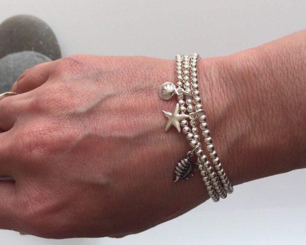 shell bracelet 5e456aaa