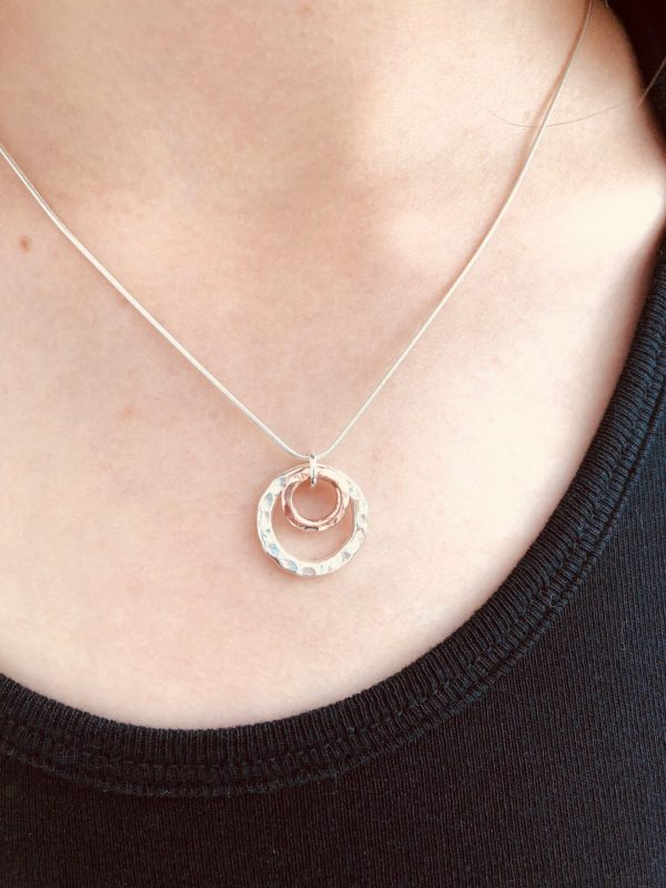 silver and rose gold double circle necklace 5e45a44c scaled