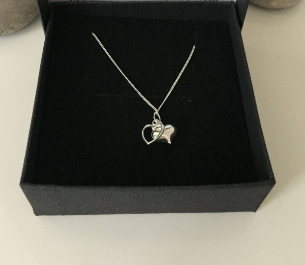 silver heart necklace 5e4571de