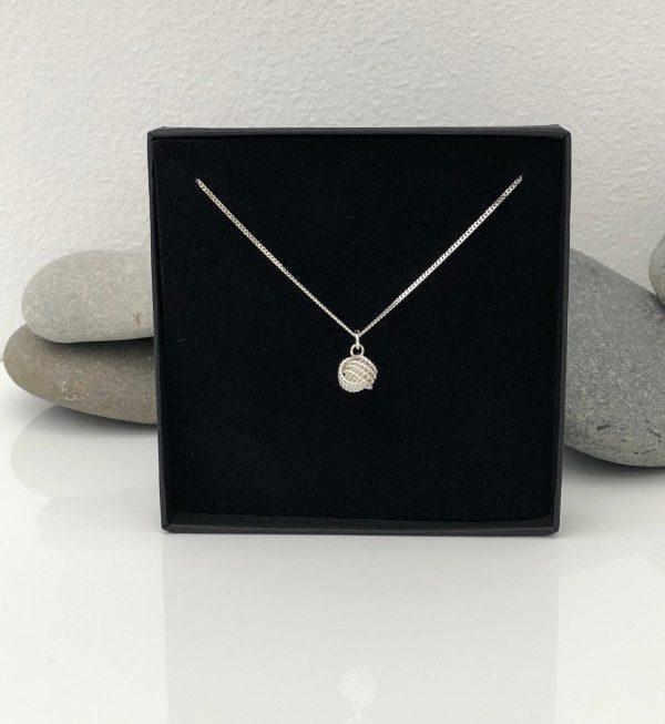 silver love knot 5e45ae86