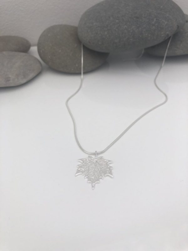 silver maple leaf necklace 5e459a41