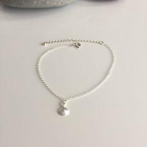 silver shell bracelet 5e45a5e7 scaled