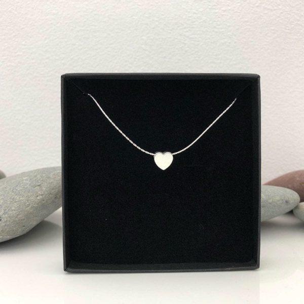 simple heart necklace 5e457708